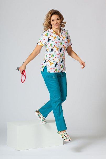 vzorovane-haleny Farebná lekárska halena Sunrise Uniforms pre ženy plameniaky, papagáje a tukany